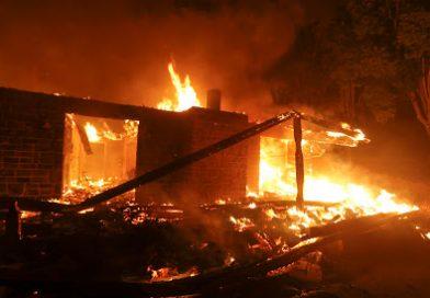 Un incendio arrasa Paradise y causa 9 muertos en California
