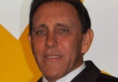 Doctor Cruz Jiminián recibe el alta médica tras 13 días ingresado en la Plaza de la Salud.