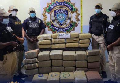 Autoridades ocupan casi 5 quintales marihuana en Santo Domingo Este