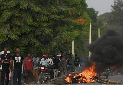 Haití: Estalla la violencia antes del funeral del presidente Jovenel Moïse