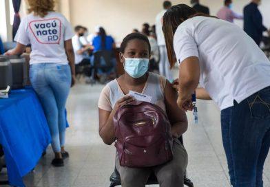 Siguen descendiendo casos COVID-19 en RD: sólo 367 contagios y 6 muertes.